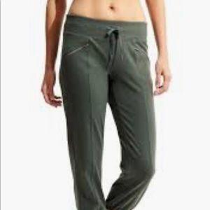Athleta metro slouch pants medium
